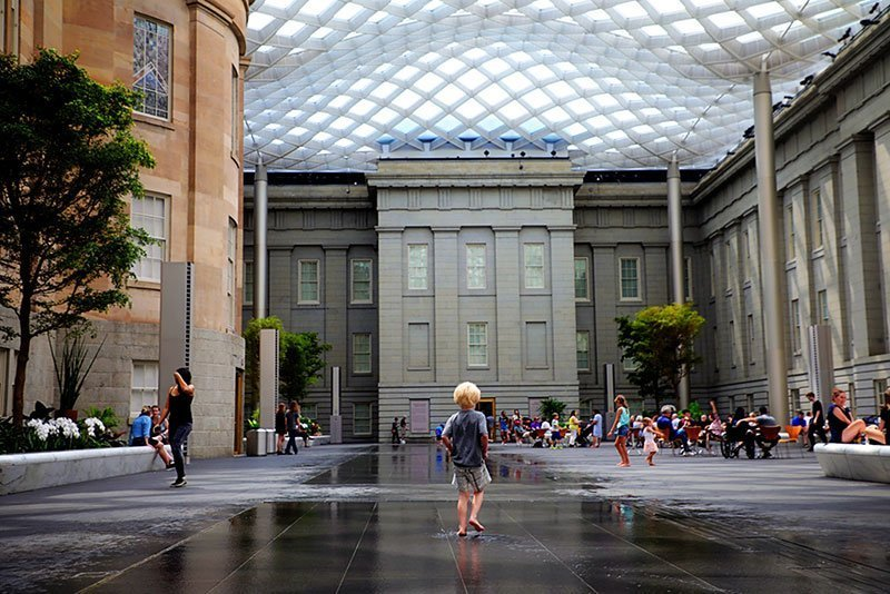 Washington-DC-Museums--National-Portrait-Gallery--Kogod-Courtyard