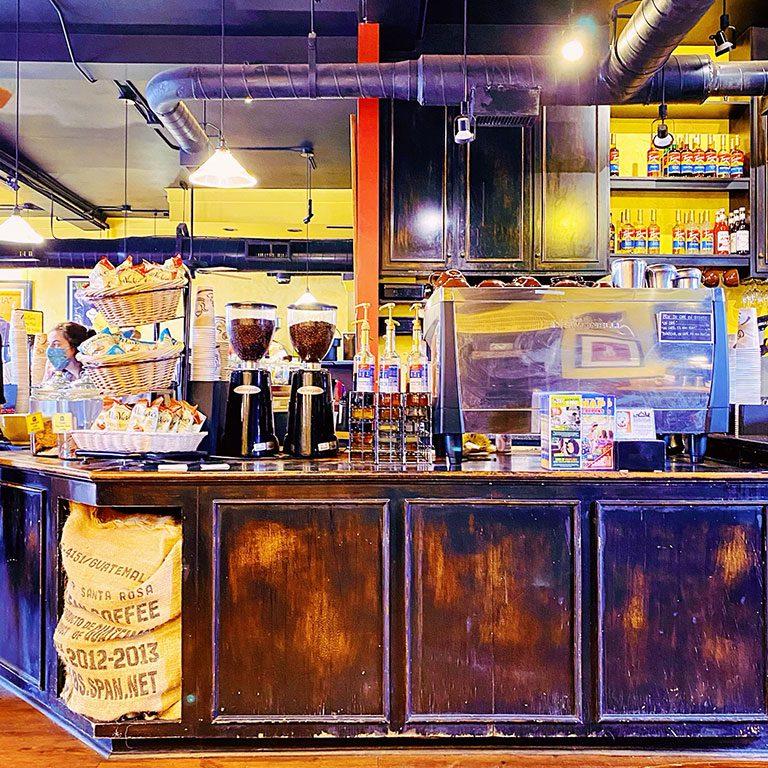 Aromas Coffee - Williamsburg Restaurants