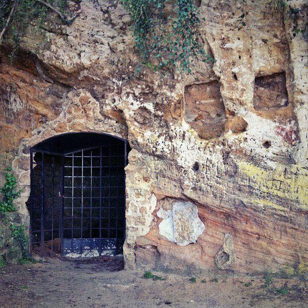 Yorktown VA Things to do - Cornwallis Cave