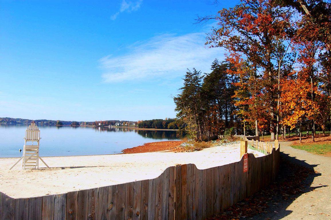 Beaches in Virginia - smith mountain lake