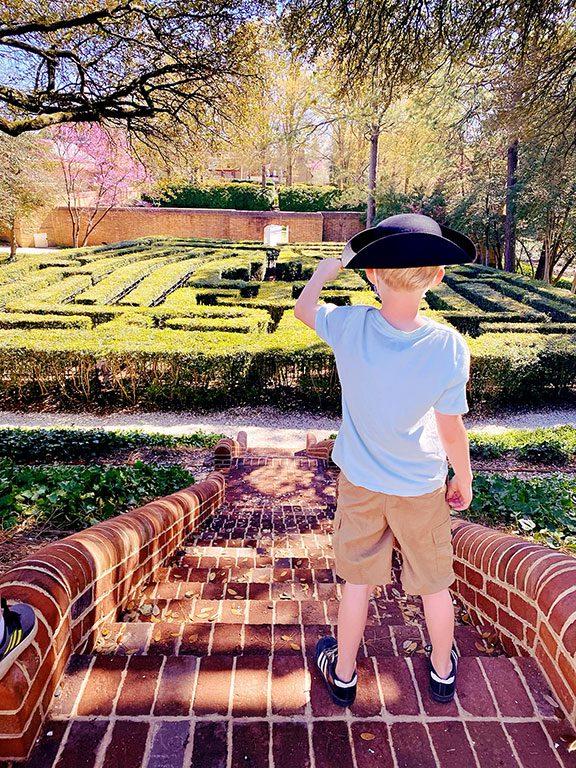 Virginia- Colonial Williamsburg- Governors Palace