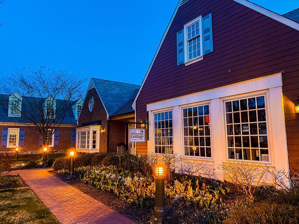 Yorktown Virginia- Auntie Ms American Cottage