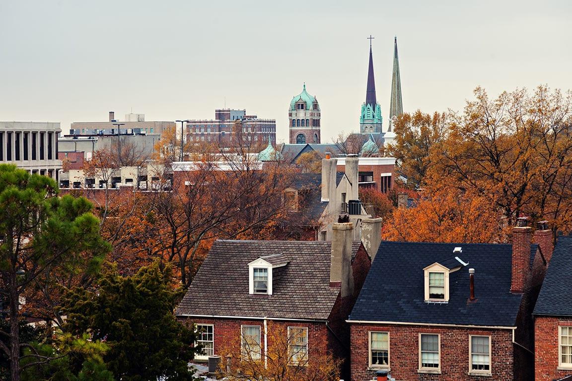 Historic downtown Skyline in Portsmouth, VA