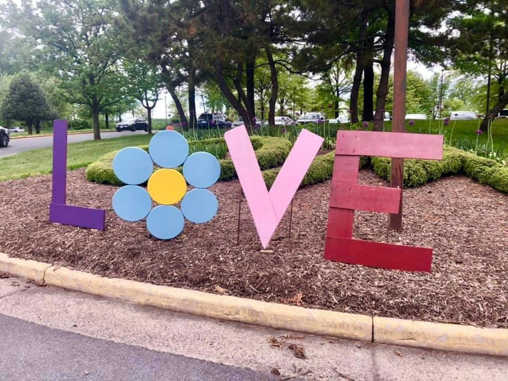 Oak Marr Rec Virginia LOVE sign