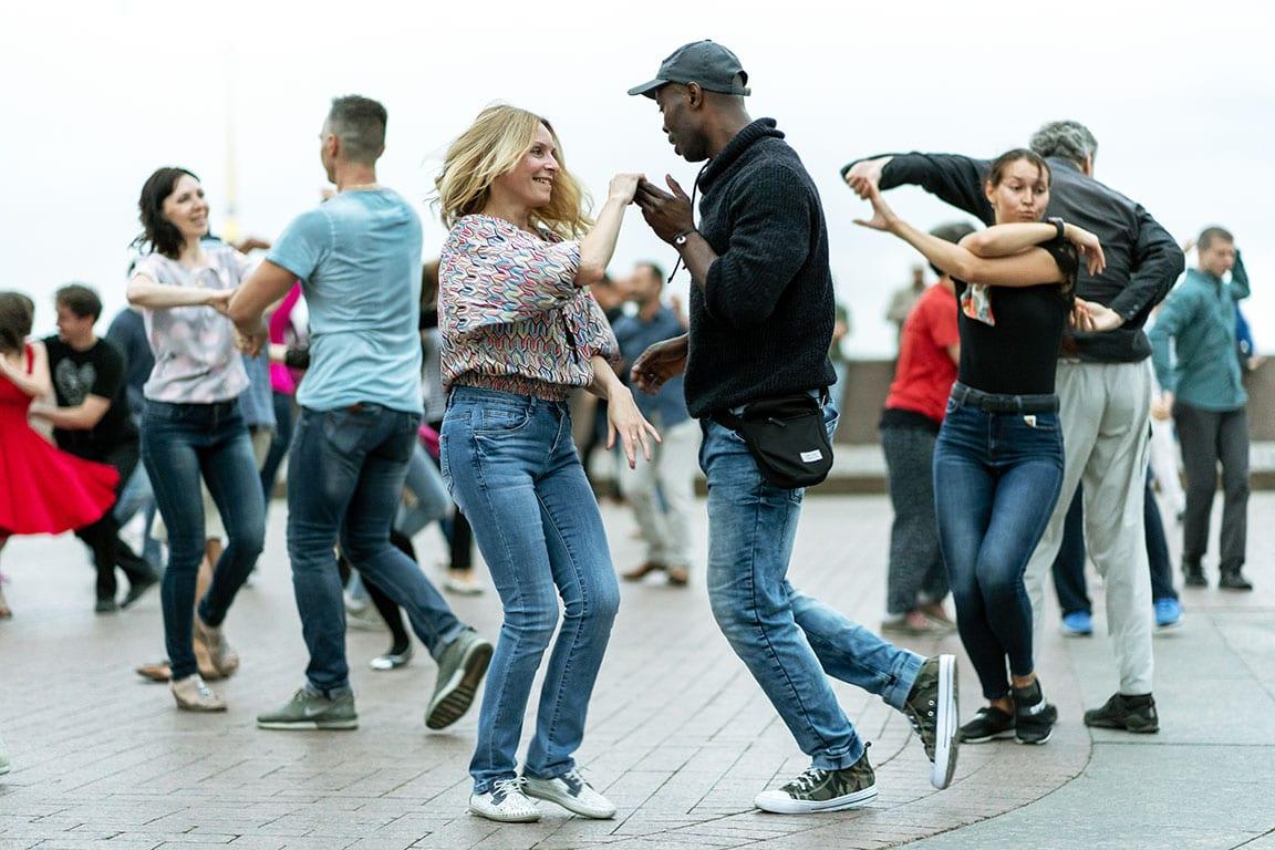 Washington DC Date Night Ideas - salsa dancing